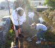 Students digging in dirt