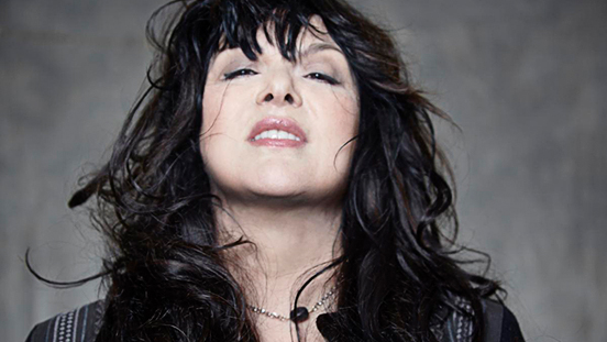 Singer Ann Wilson of Heart headshot.