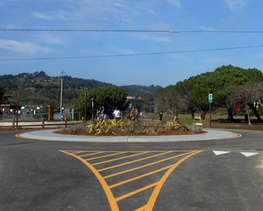 A view of the new roundabout on the Mill Valley-Sausalito Mulituse Pathway, showing an oasis for pedestrians and bikers in the middle of the intersection.